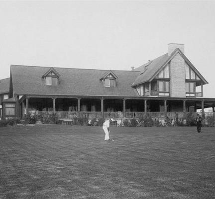 FOUNDING MEMBER OF THE WGA - 1899: From its very beginning, Glen View was at the center of golf's development in the West. Along with several other Chicagoland clubs, Glen View helped form the Western Golf Association and hosted its first Open and Amateur tournaments in 1899. To this day, the Club remains tightly associated with the WGA and its Evans Scholars Foundation.